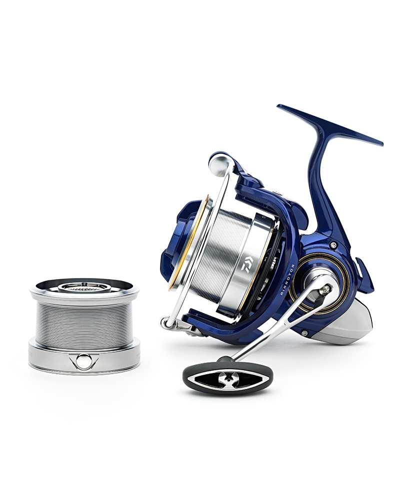 Daiwa 19 TDR Distance 25QD Reel with Spare Spool